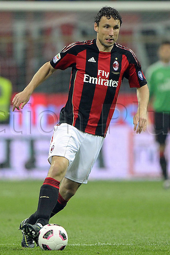 16.04.2011 AC Milan extended their lead at the top of Serie A and pushed Sampdoria closer to relegation with a comfortable win at the San Siro. Picture shows Mark van Bommel.
