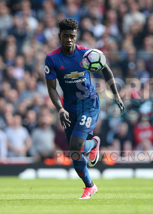 Manchester United's Axel Tuanzebe in action during the Premier League match at the Emirates Stadium, London. Picture date: May 7th, 2017. Pic credit should read: David Klein/Sportimage