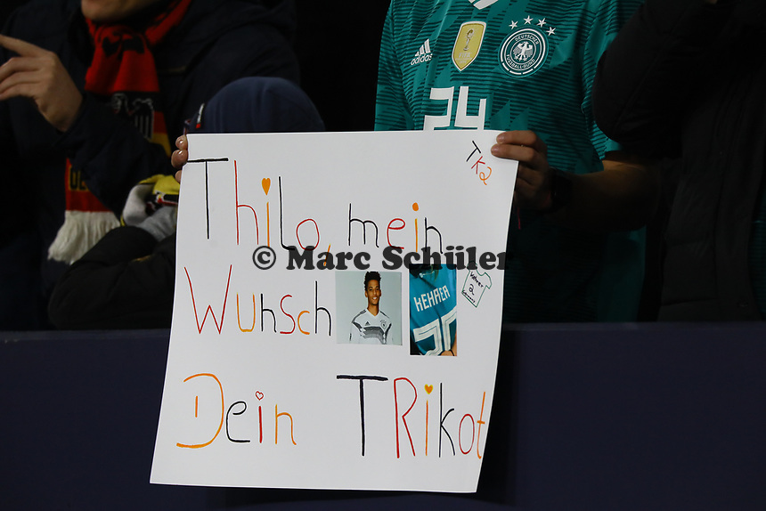 Fan von Thilo Kehrer (Deutschland Germany) - 19.11.2018: Deutschland vs. Niederlande, 6. Spieltag UEFA Nations League Gruppe A, DISCLAIMER: DFB regulations prohibit any use of photographs as image sequences and/or quasi-video.