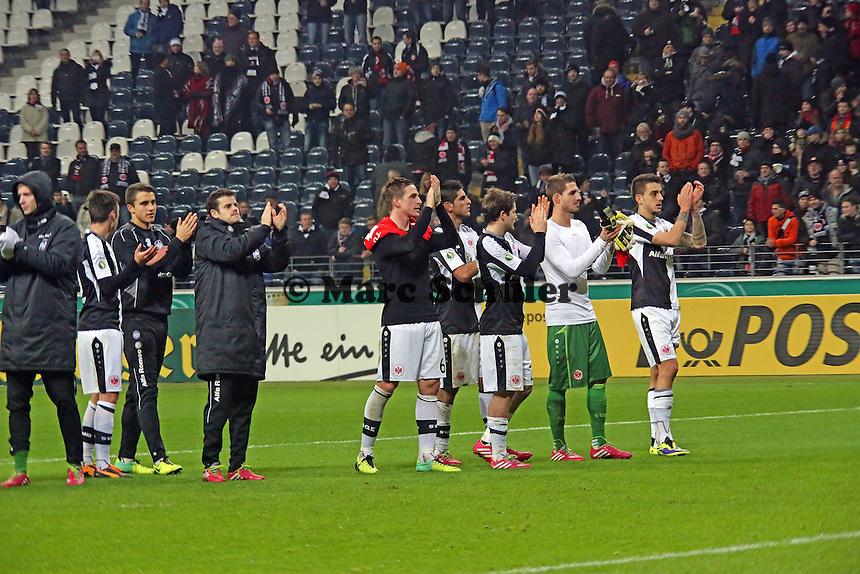 Eintracht bedankt sich bei den Fans - Eintracht Frankfurt vs. SV Sandhausen, DFB-Pokal, Commerzbank Arena