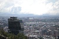 BOGOTÁ-COLOMBIA-28-01-2013. Vista panorámica del norte de la ciudad./ Panoramic view north of the city. Photo: VizzorImage/STR