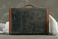 Willard Suitcases / Agnes A / ©2014 Jon Crispin