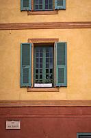 Europe/France/Provence-Alpes-Côtes d'Azur/06/Alpes-Maritimes/Alpes-Maritimes/Arrière Pays Niçois/Sospel: La place St-Michel -Détail de la façade du Palais Ricci