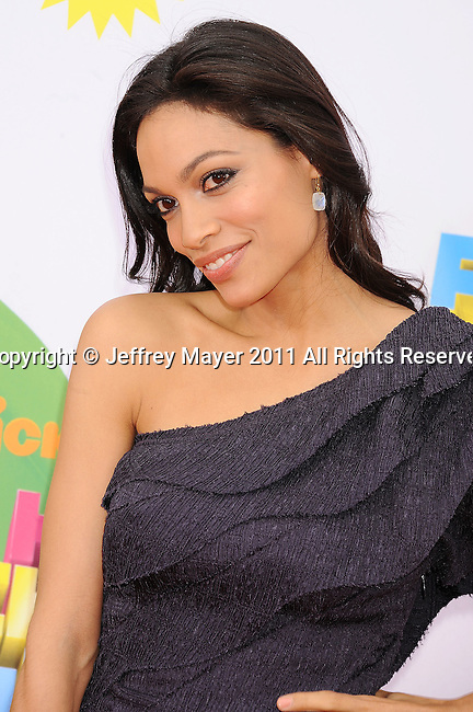 LOS ANGELES, CA - APRIL 02: Rosario Dawson arrives at Nickelodeon's 24th Annual Kids' Choice Awards at Galen Center on April 2, 2011 in Los Angeles, California.