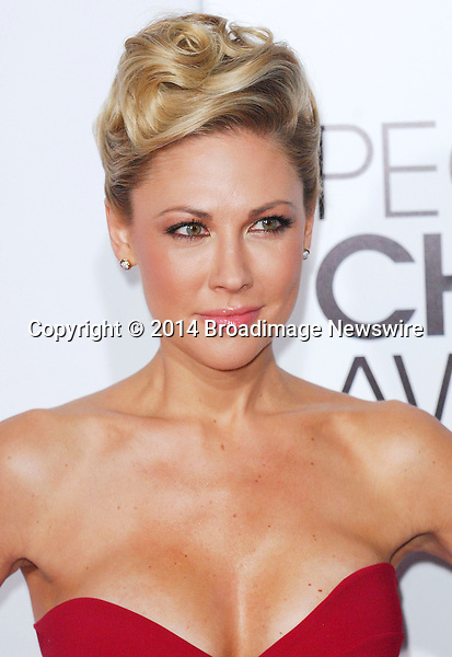 Pictured: Desi Lydic<br /> Mandatory Credit &copy; Adhemar Sburlati/Broadimage<br /> People's Choice Awards 2014 - Arrivals<br /> <br /> 1/8/14, Los Angeles, California, United States of America<br /> <br /> Broadimage Newswire<br /> Los Angeles 1+  (310) 301-1027<br /> New York      1+  (646) 827-9134<br /> sales@broadimage.com<br /> http://www.broadimage.com