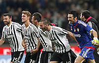 Calcio, Serie A: Milan vs Juventus. Milano, stadio San Siro, 9 aprile 2016. <br /> Juventus' players celebrate at the end of the Italian Serie A football match between AC Milan and Juventus at Milan's San Siro stadium, 9 April 2016. Juventus won 2-1.<br /> UPDATE IMAGES PRESS/Isabella Bonotto