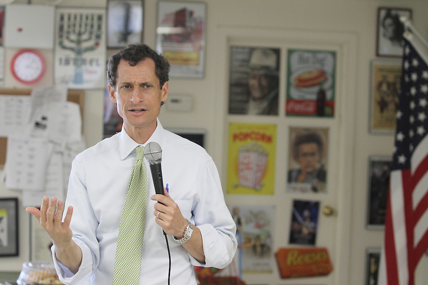 Anthony Weiner speaks to seniors during a visit to the JASA Rockaway Park Senior Center on Wednesday, August 14, 2013 in New York. (AP Photo/ Donald Traill)