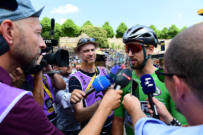 Green Jersey Peter Sagan (SVK) Bora-Hansgrohe at sign on before the start of Stage 6 of the 2018 Tour de France running 181km from Brest to Mur-de-Bretagne Guerledan, France. 12th July 2018. <br /> Picture: ASO/Alex Broadway   Cyclefile<br /> All photos usage must carry mandatory copyright credit (© Cyclefile   ASO/Alex Broadway)