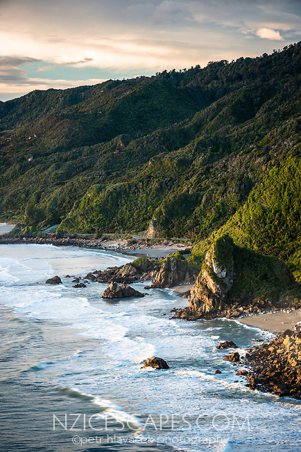 Wild west coast coastline near Punakaiki at setting sun, Paparoa National Park, Buller Region, West Coast, New Zealand, NZ