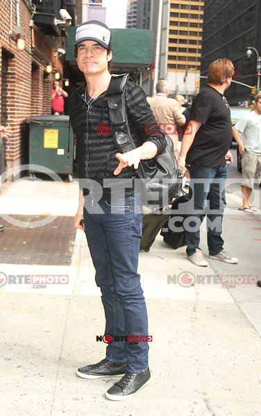NEW YORK CITY, NY - August 20, 2012: Pat Monahan, lead vocalist of Train, at The Ed Sullivan Theater for an appearance on Late Show With David Letterman in New York City. &copy; RW/MediaPunch Inc. /NortePhoto.com<br /> <br /> **SOLO*VENTA*EN*MEXICO**<br /> **CREDITO*OBLIGATORIO** <br /> *No*Venta*A*Terceros*<br /> *No*Sale*So*third*<br /> *** No Se Permite Hacer Archivo**<br /> *No*Sale*So*third*