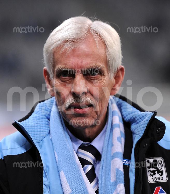 2. Fussball Bundesliga:  Saison   2010/2011  ,21.  Spieltag  1860 Muenchen - Fortuna Duesseldorf   07.02.2011 Praesident Dieter Schneider (TSV 1860 Muenchen)