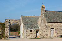 Europe/France/Normandie/Basse-Normandie/50/Manche/Cap de la Hague/Omonville-la-Rogue: Manoir du Tourp - Le Tourp est une ancienne ferme seigneuriale de la Manche, située à Omonville-la-Rogue, transformée en espace culturel.// Europe/France/Normandie/Basse-Normandie/50/Manche/Cap de la Hague/Omonville-la-Rogue: Tourp Manor