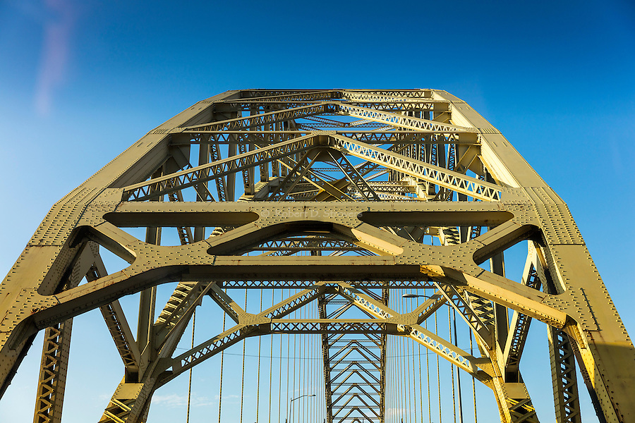 Pittsburgh - Landmarks, Neighborhoods, Perspectives, Bridges and Architecture