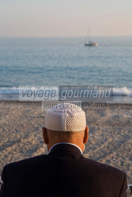 Europe/France/06/Alpes-Maritimes/Nice: sur la Promenade des Anglais