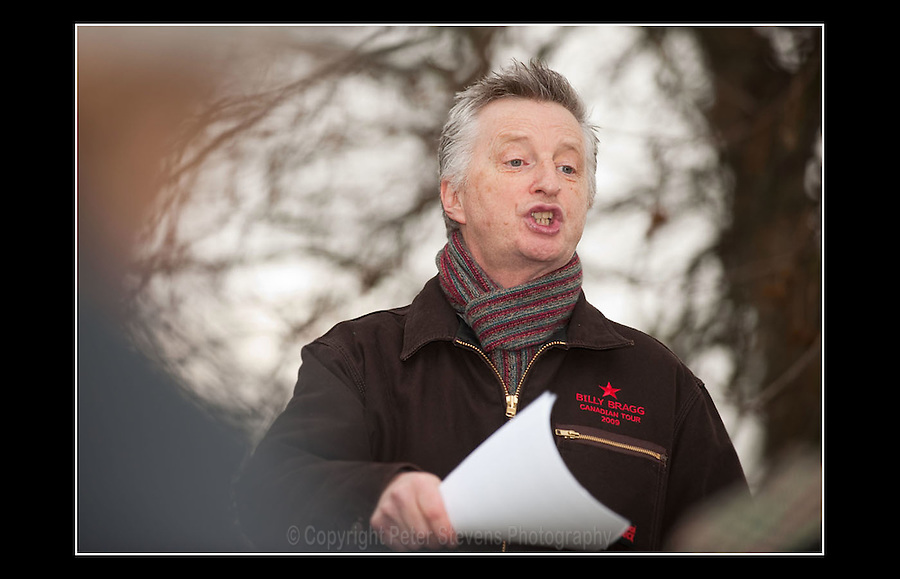 Billy Bragg addresses a gathering at Speakers' Corner, Hyde Park, London on the 7th February 2010, in direct protest against annual bonus payments announced for bankers at RBS.
