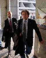I PM Henry John Woodcock e Vincenzo Piscitelli escono dal palazzo di Giustizia dopo La sentrenza di rinvio a giudizio si Berlusconi per la compravendita dei senatori Napoli 23 10 2013