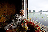 The Forgotten Houseboats of Kashmir