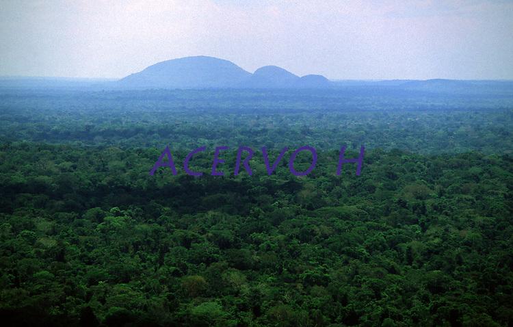 Parque Nacional da Serra da Cutia - Rondônia<br />outubro de 2004