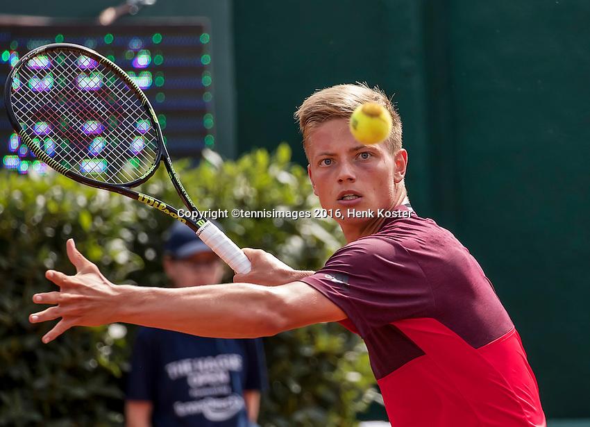 The Hague, Netherlands, 26 July, 2016, Tennis,  The Hague Open ,Tim van Rijthoven (NED) <br /> Photo: Henk Koster/tennisimages.com