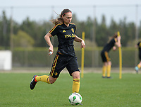 20180304 - LARNACA , CYPRUS :  Belgian Jassina Blom pictured during a Matchday -1 training from The Belgian Red Flames prior to their game against Austria , on Sunday 4 March 2018 at the Alpha Sports Grounds in Larnaca , Cyprus . This will be the third game in group B for Belgium during the Cyprus Womens Cup , a prestigious women soccer tournament as a preparation on the World Cup 2019 qualification duels. PHOTO SPORTPIX.BE | DAVID CATRY