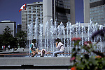 Lunch at the fountain, city hall, Toronto<br />