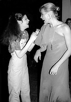 Gilda Radner and Margeaux Hemingway 1977<br />