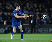 29th September 2017, RDS Arena, Dublin, Ireland; Guinness Pro14 Rugby, Leinster Rugby versus Edinburgh; Johnny Sexton (Captain Leinster) passes the ball