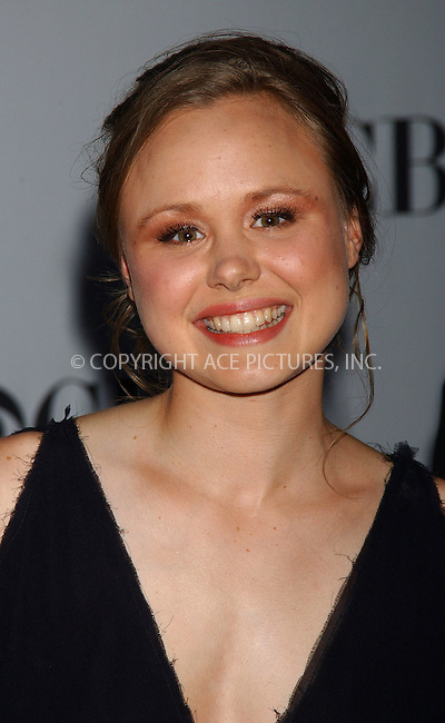 WWW.ACEPIXS.COM . . . . . ....NEW YORK, JUNE 11, 2006....Alison Pill at the 60th Annual Tony Awards.....Please byline: KRISTIN CALLAHAN - ACEPIXS.COM.. . . . . . ..Ace Pictures, Inc:  ..(212) 243-8787 or (646) 679 0430..e-mail: picturedesk@acepixs.com..web: http://www.acepixs.com