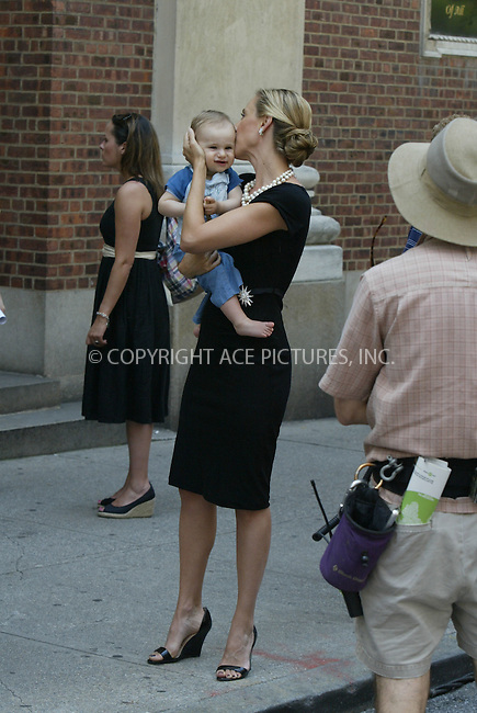 WWW.ACEPIXS.COM . . . . .  ....July 1 2008, New York City....Actor Kim Raver was on the set of the TV show 'Lipstick Jungle' on July 1 2008 on the Upper East Side of Manhattan.....Please byline: AJ Sokalner - ACEPIXS.COM..... *** ***..Ace Pictures, Inc:  ..te: (646) 769 0430..e-mail: info@acepixs.com..web: http://www.acepixs.com