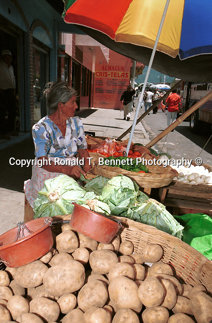 Food cart San Salvador El Salvador Central America, Fine Art Photography by Ron Bennett, Fine Art, Fine Art photography, Art Photography, Copyright RonBennettPhotography.com ©