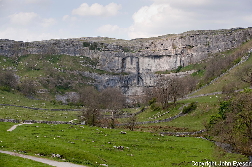 Malham Cove, North Yorkshire. Yorkshire Dales National Park. Limestone.