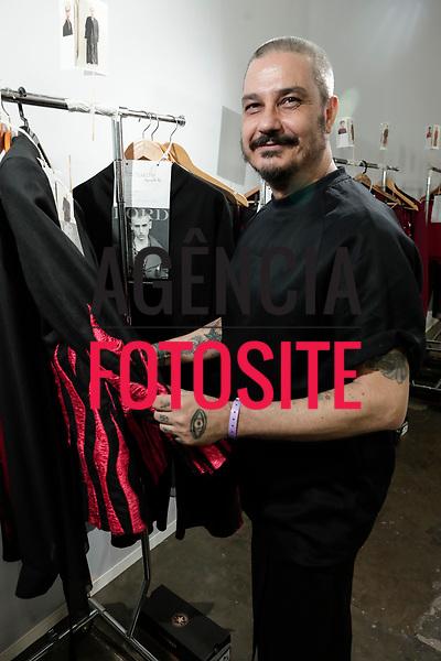 Joao Pimenta<br /> <br /> SPFW - N44<br /> <br /> Agosto / 2017<br /> <br /> foto: Sergio Caddah / FOTOSITE