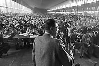 - Luciano Lama, segretario generale del sindacato CGIL parla durante un'assemblea dei lavoratori nella sala mensa della Pirelli Bicocca (Milano, novembre 1982<br /> <br /> - Luciano Lama, general secretary of CGIL labor union speak  during a workers meeting in the Pirelli Bicocca canteen room (Milan, November 1982)
