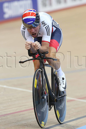 05.03.2016. Lee Valley Velo Centre, London, England. UCI Track Cycling World Championships Mens Omnium.  CAVENDISH Mark (GBR)