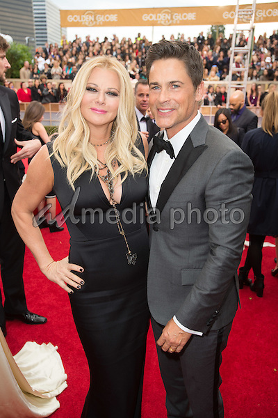 """Sheryl Berkoff and Rob Lowe, Golden Globe Nominee for BEST PERFORMANCE BY AN ACTOR IN A TELEVISION SERIES - MUSICAL OR COMEDY for """"The Grinder"""", arrive at the 73rd Annual Golden Globe Awards at the Beverly Hilton in Beverly Hills, CA on Sunday, January 10, 2016. Photo Credit: HFPA/AdMedia"""