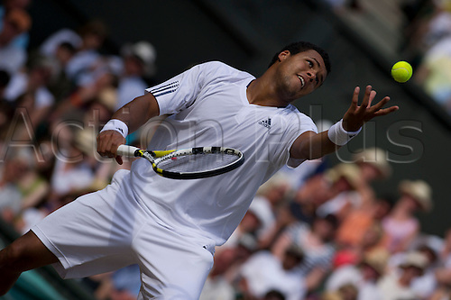 June 30th 2010: Wimbledon International Tennis Tournament held at the All England Lawn Tennis Club, London, England, Jo-Wilfrried Tsonga of France Playing Andy Murray of GBR in the mens singles quarter finals