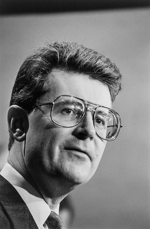 Rep. Fred Grandy, R-Iowa in 1993. (Photo by Maureen Keating/CQ Roll Call)