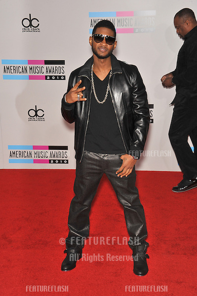 Usher at the 2010 American Music Awards at the Nokia Theatre L.A. Live in downtown Los Angeles..November 21, 2010  Los Angeles, CA.Picture: Paul Smith / Featureflash