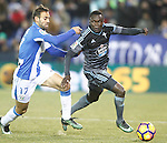 CD Leganes' Victor Diaz (l) and Celta de Vigo's Pione Sisto during La Liga match. January 28,2017. (ALTERPHOTOS/Acero)
