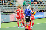 The Hague, Netherlands, June 10: Players of England wait for an umpires desicion during the field hockey group match (Women - Group B) between Germany and England on June 10, 2014 during the World Cup 2014 at Kyocera Stadium in The Hague, Netherlands. Final score 1-3 (0-0) (Photo by Dirk Markgraf / www.265-images.com) *** Local caption *** (L-R) Ashleigh Ball #22 of England, Sam Quek #13 of England, Maddie Hinch #1 of England, Hollie Webb #20 of England