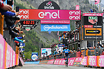 Richard Carapaz (ECU) Movistar Team wins solo Stage 14 of the 2019 Giro d'Italia, running 131km from Saint-Vincent to Courmayeur (Skyway Monte Bianco), Italy. 25th May 2019<br /> Picture: Gian Mattia D'Alberto/LaPresse | Cyclefile<br /> <br /> All photos usage must carry mandatory copyright credit (© Cyclefile | Gian Mattia D'Alberto/LaPresse)