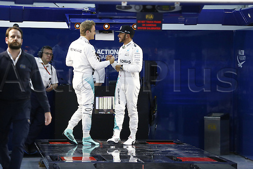 02.04.2016. Sakhir, Bahrain. F1 Grand Prix of Bahrain, qualification Saturday.   6 Nico Rosberg (GER, Mercedes AMG Petronas Formula One Team) congratulates 44 Lewis Hamilton (GBR, Mercedes AMG Petronas Formula One Team)