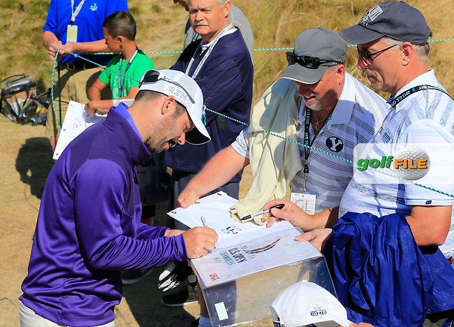 Paul CASEY (ENG) signs autographs on the 18th tee during Wednesday's Practice Day of the 2015 U.S. Open 115th National Championship held at Chambers Bay, Seattle, Washington, USA. 6/17/2015.<br /> Picture &copy; Golffile/Eoin Clarke