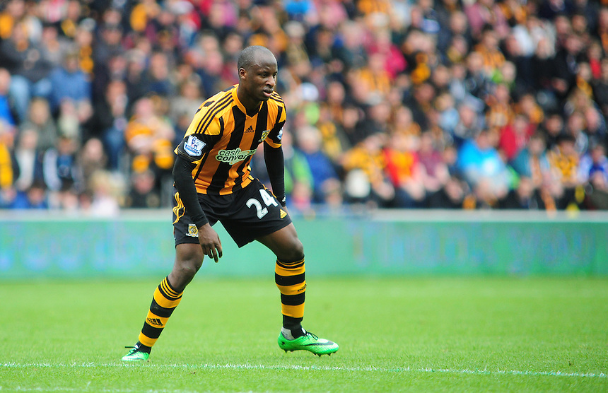 Hull City's Sone Aluko<br /> <br /> Photographer Chris Vaughan/CameraSport<br /> <br /> Football - Barclays Premiership - Hull City v Everton - Sunday 11th May 2014 - Kingston Communications Stadium - Hull<br /> <br /> &copy; CameraSport - 43 Linden Ave. Countesthorpe. Leicester. England. LE8 5PG - Tel: +44 (0) 116 277 4147 - admin@camerasport.com - www.camerasport.com