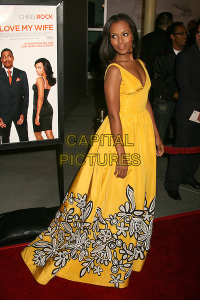 """KERRY WASHINGTON.""""I Think I Love My Wife"""" Los Angeles Premiere at ArcLight Cinemas, Hollywood, California, USA..March 7th, 2007.full length yellow dress black grey gray silver floral print looking over shoulder  .CAP/ADM/BP.©Byron Purvis/AdMedia/Capital Pictures"""