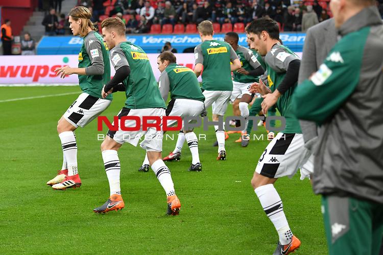 10.03.2018, BayArena, Leverkusen , GER, 1.FBL., Bayer 04 Leverkusen vs. Borussia Moenchengladbach<br /> im Bild / picture shows: <br /> die Gladbacher beim aufwaermen<br /> <br /> <br /> Foto &copy; nordphoto / Meuter