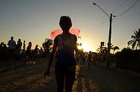OLINDA, PE, 06.02.2016 - CARNAVAL-PE -Foliões se fantasiam e brincam durante no carnaval de Olinda (PE), neste sábado (06). (Foto: Diego Herculano / Brazil Photo Press)