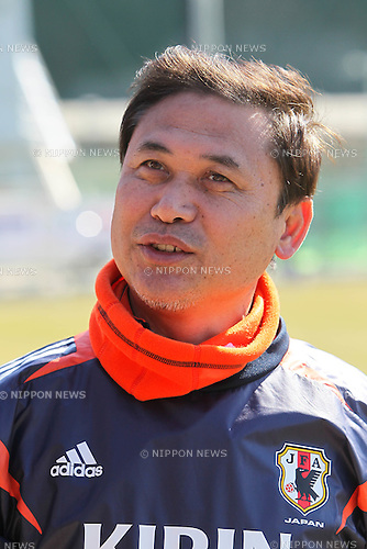 Norio Sasak Head Coach (JPN), FEBRUARY 11, 2012 - Football / Soccer : Nadeshiko Japan team training Wakayama camp at Kamitonda Sports Center in Wakayama, Japan. (Photo by Akihiro Sugimoto/AFLO SPORT) [1080]