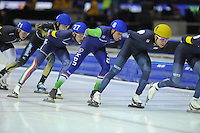 SCHAATSEN: HEERENVEEN: 14-12-2014, IJsstadion Thialf, ISU World Cup Speedskating, Mass Start, ©foto Martin de Jong