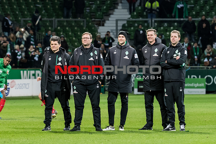 10.02.2019, Weserstadion, Bremen, GER, 1.FBL, Werder Bremen vs FC Augsburg<br /> <br /> DFL REGULATIONS PROHIBIT ANY USE OF PHOTOGRAPHS AS IMAGE SEQUENCES AND/OR QUASI-VIDEO.<br /> <br /> im Bild / picture shows<br /> Trainerteam, Prof. Dr. Andreas Marlovits (Sportpsychologe Werder Bremen), Thomas Horsch (Co-Trainer SV Werder Bremen), Christian Vander (Torwart-Trainer SV Werder Bremen), Tim Borowski (Co-Trainer SV Werder Bremen), Florian Kohfeldt (Trainer SV Werder Bremen) nach Spielende, <br /> <br /> Foto © nordphoto / Ewert